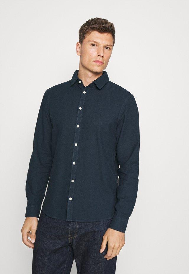 ANTON DETACHABLE COLLAR - Skjorta - navy blazer