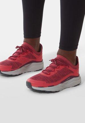 VECTIV ESCAPE - Hiking shoes - paradisepnk/pamplonapurpl