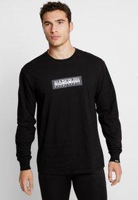 Napapijri The Tribe - SOX - Langærmede T-shirts - black - 0