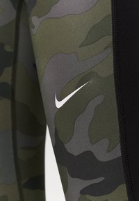 Nike Performance - TIGHT 7/8 CAMO - Tights - thunder grey/black/white - 5