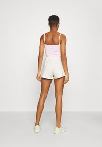 KENDALL + KYLIE - RIBBON - Shorts - off white - 2