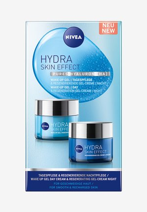 HYDRA SKIN EFFECT DAY AND NIGHT CARE SET - Skincare set - -