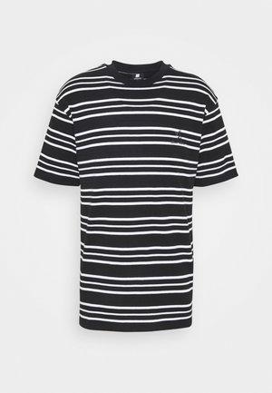 90S LOOSE STRIPED TEE UNISEX - Print T-shirt - black/white