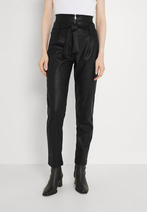 VERA TROUSERS - Trousers - black