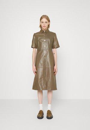 DRESS - Dnevna obleka - brown