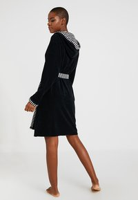 Vossen - JUNO - Dressing gown - schwarz - 2