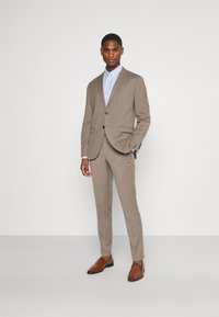 Selected Homme - SLHSLIM MYLOBILL STRUCTURE SUITE - Traje - sand - 1