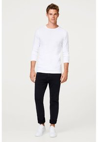 Esprit - BASIC - Long sleeved top - white - 1