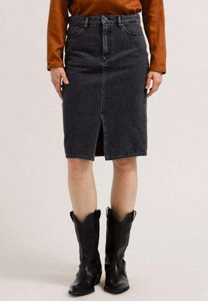 CALLAA - Denim skirt - grey wash