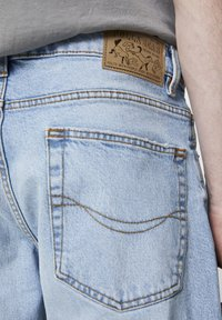PULL&BEAR - Slim fit jeans - light blue - 5
