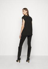 Pinko - GEROLAMO - Print T-shirt - black - 2