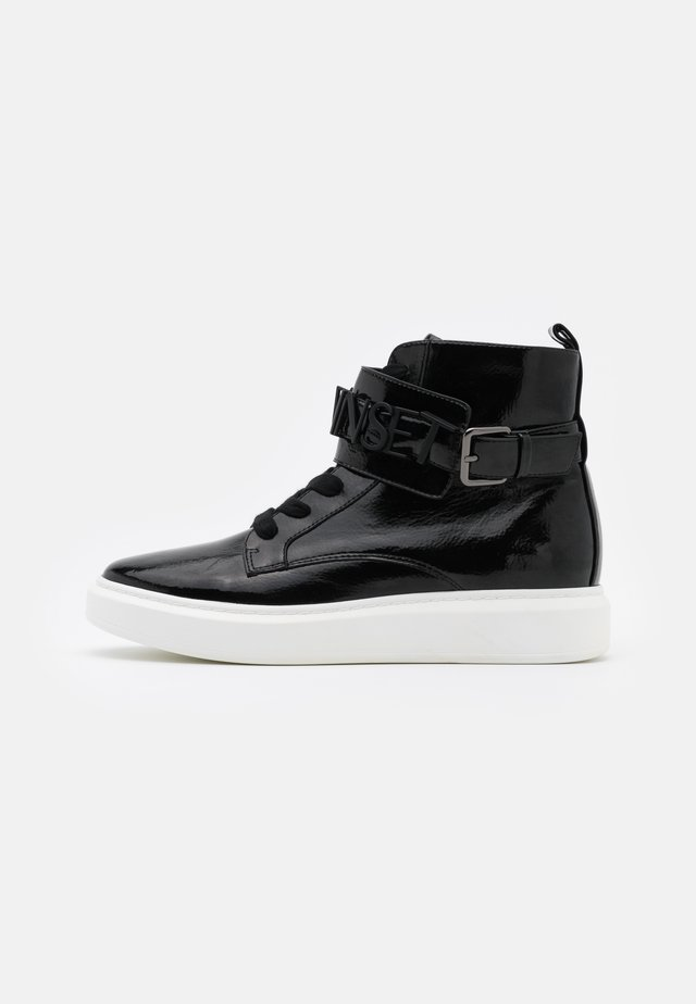ALTA CON LOGO LETTERING - High-top trainers - nero