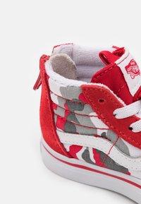 Vans - SK8 ZIP - High-top trainers - racing red/true white - 5