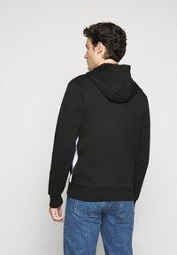 Michael Kors - KI HOODIE - Zip-up hoodie - black - 2