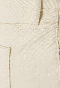 MAIAMAE - WIDE LEG CROP - Straight leg jeans - ecru - 2