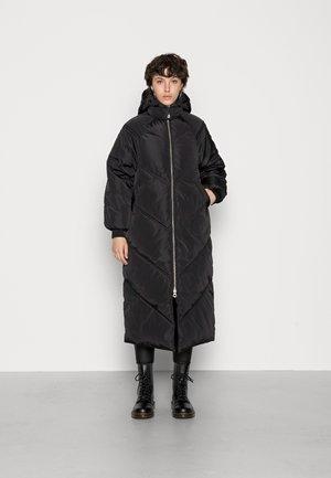 PCFELICITY LONG PUFFER JACKET - Winter coat - black