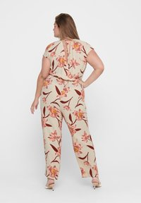 ONLY Carmakoma - CURVY - Jumpsuit - oatmeal - 3