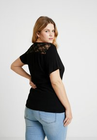 Vero Moda Curve - Blouse - black - 2