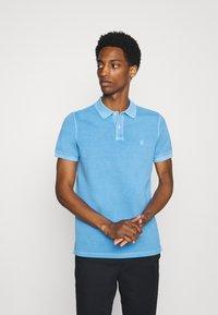 Marc O'Polo - SHORT SLEEVE BUTTON PLACKET COLLAR AND CUFF - Polo shirt - azure blue - 0