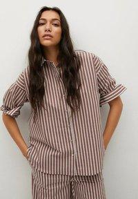 Mango - VERA-I - Button-down blouse - marron - 0