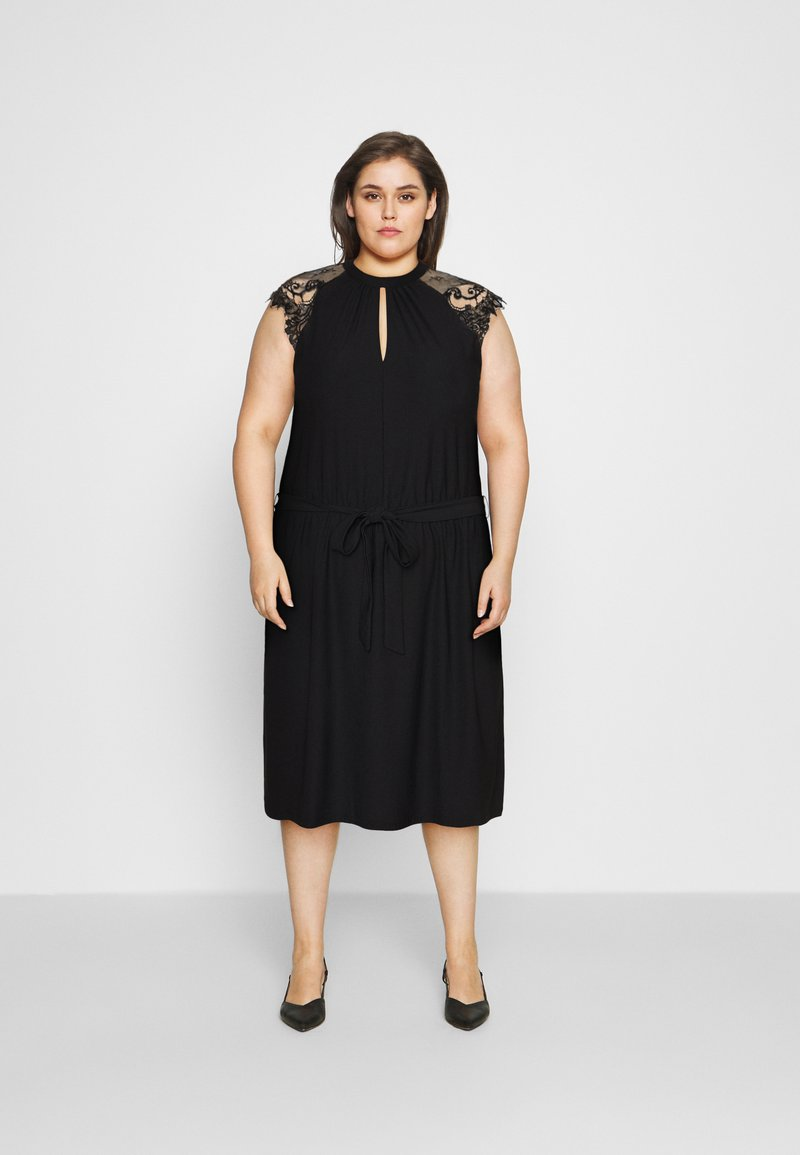 Vero Moda Curve - VMMILLA SHORT DRESS  - Koktejlové šaty/ šaty na párty - black