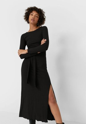 MIT SCHLITZ  - Maxi dress - black