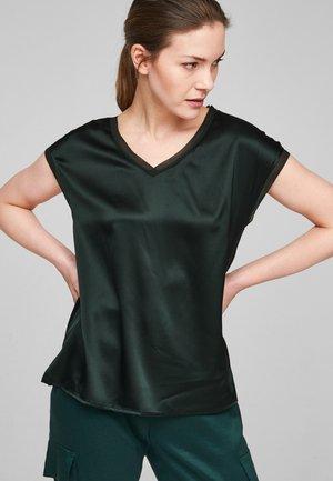 T-shirt basic - leaf green