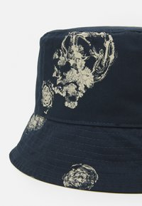 Wood Wood - GRAPHIC BUCKET HAT - Hat - blue - 3