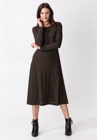 Indiska - ARA - Jumper dress - brown - 1