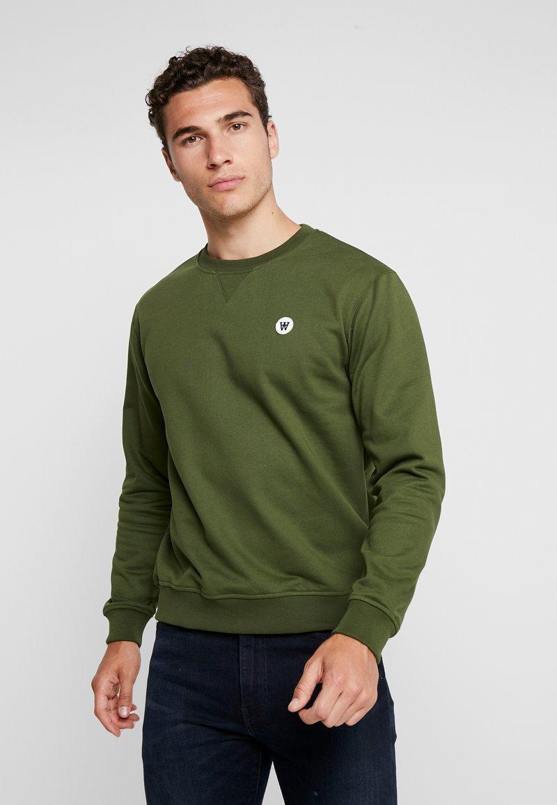 Wood Wood - TYE - Sweatshirt - army green