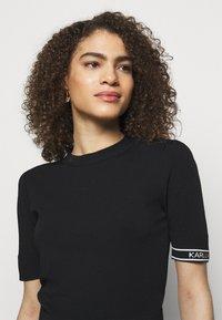 KARL LAGERFELD - PUFF LOGO - T-shirt imprimé - black - 3