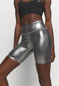 Nike Performance - ONE - Medias - black/metallic gold - 7