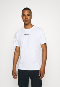 Tommy Jeans - SMALL TEXT TEE - T-shirt imprimé - white - 0