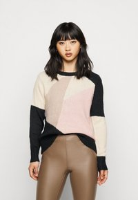 ONLY Petite - ONLMARCIL O-NECK PETIT - Jumper - black/almond milk/simply taupe/rose - 0