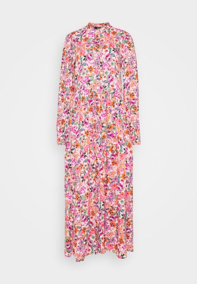 YASALIRA LONG DRESS - Sukienka koszulowa - blushing bride