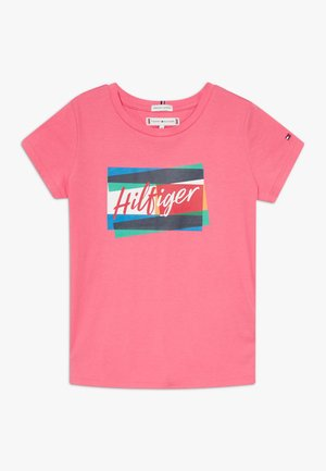 FUN FLAG TEE - Print T-shirt - pink