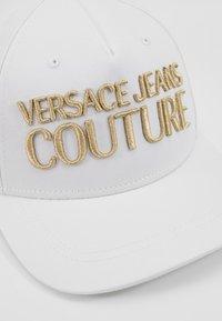 Versace Jeans Couture - Czapka z daszkiem - white - 2
