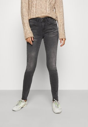 NMLUCY  - Jeans Skinny Fit - medium grey denim