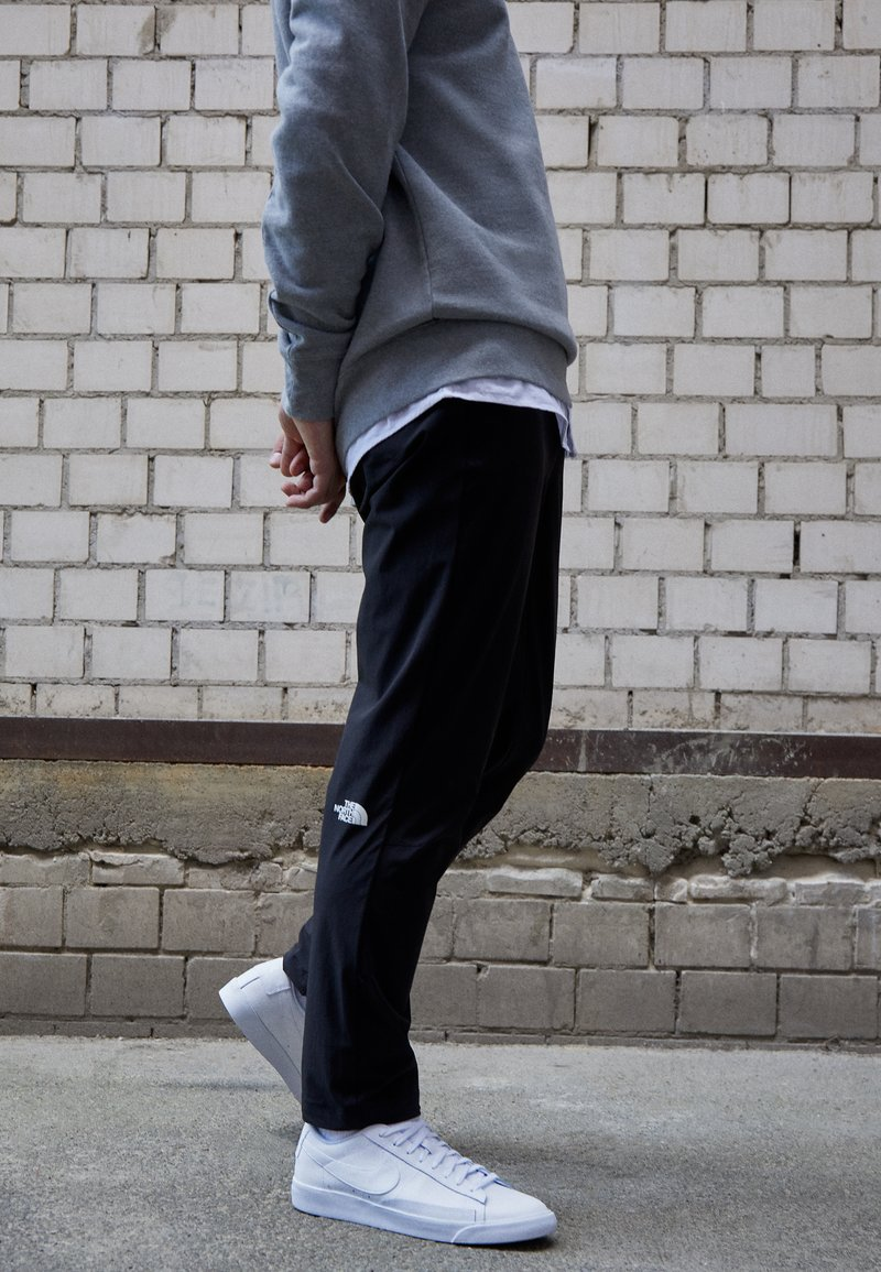 Nike Sportswear - BLAZER UNISEX - Tenisky - white