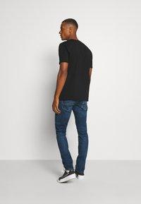 Jack & Jones - JJIGLENN JJFOX AGI NOOS - Jeans slim fit - blue denim - 2