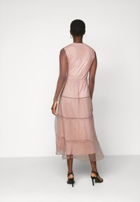 Vero Moda Tall - VMJUANA DRESS - Occasion wear - misty rose/black - 2