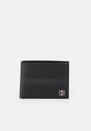 MONOGRAM EXTRA AND COIN - Lompakko - black