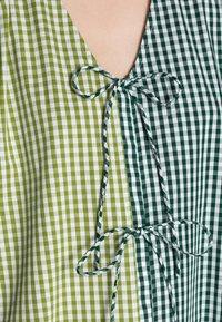 Résumé - FRANKIE DRESS - Day dress - green - 4