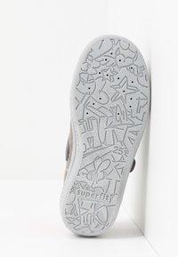Superfit - BELLA - Domácí obuv - grau - 4
