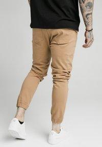 SIKSILK - CUFFED - Jeans Skinny Fit - beige - 2