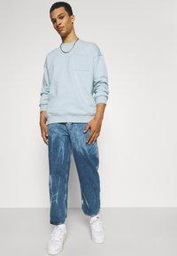 YOURTURN - UNISEX - Sweatshirt - light blue - 3