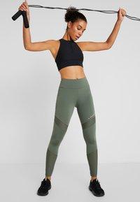 Tommy Sport - BLOCKED FULL LENGTH - Leggings - green - 1