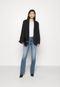 Guess - SEXY BOOT - Flared Jeans - blue denim - 1