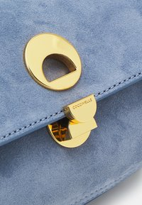 Coccinelle - LIYA - Across body bag - blue - 4