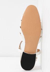Topshop - OLIVE OPEN SHOE - Sandals - white - 6